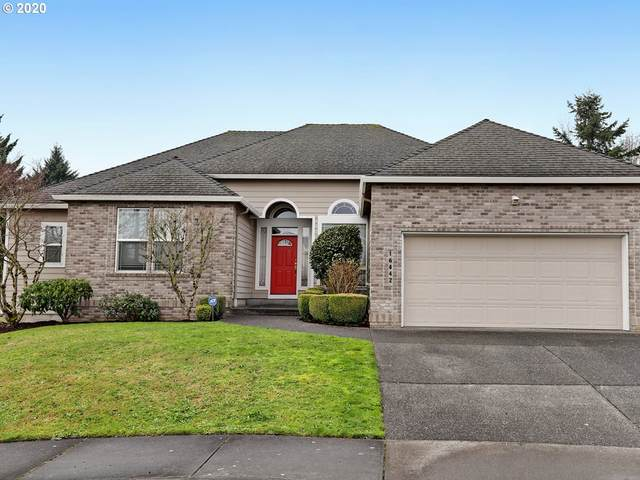 16442 SE High Meadow Loop, Portland, OR 97236 (MLS #20362113) :: Next Home Realty Connection
