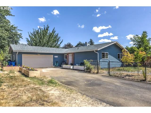 4014 SE 171ST Ave, Portland, OR 97236 (MLS #20368433) :: Fox Real Estate Group