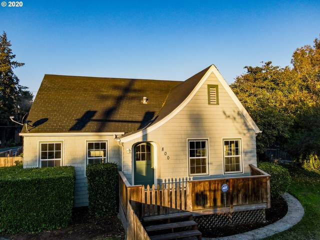 800 River Rd, Eugene, OR 97404 (MLS #20371233) :: McKillion Real Estate Group