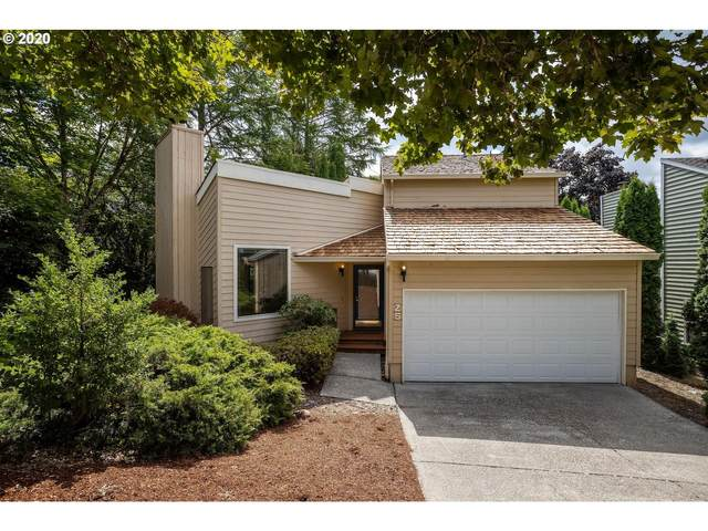 25 Aquinas St, Lake Oswego, OR 97035 (MLS #20372941) :: Fox Real Estate Group