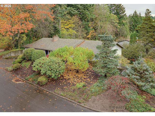 2240 SW Garden View Ave, Portland, OR 97225 (MLS #20373686) :: Duncan Real Estate Group