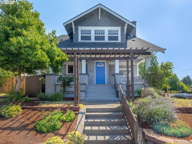 1004 NE 31ST Ave, Portland, OR 97232 (MLS #20373843) :: McKillion Real Estate Group