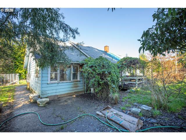 56894 Fat Elk Rd, Coquille, OR 97423 (MLS #20379548) :: Townsend Jarvis Group Real Estate