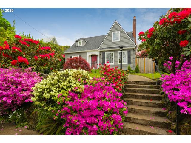 6936 SE 28TH Ave, Portland, OR 97202 (MLS #20384425) :: Song Real Estate