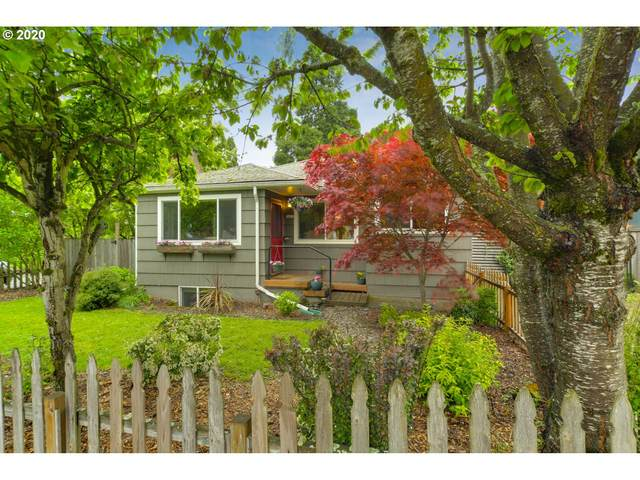 3431 SE 38TH Ave, Portland, OR 97202 (MLS #20384604) :: Holdhusen Real Estate Group