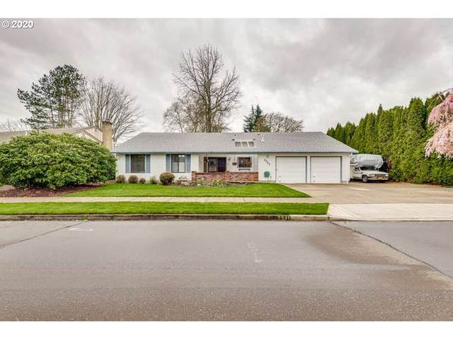 2348 SE Meadowlark Dr, Hillsboro, OR 97123 (MLS #20392069) :: Holdhusen Real Estate Group