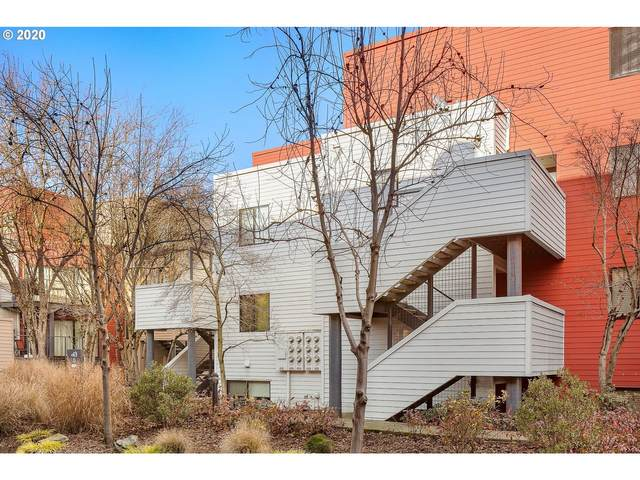 720 NW Naito Pkwy D20, Portland, OR 97209 (MLS #20398523) :: Lux Properties