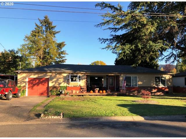 157 W Killdeer St, Roseburg, OR 97471 (MLS #20399340) :: Change Realty