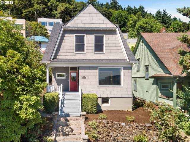 3611 SW Condor Ave, Portland, OR 97239 (MLS #20400812) :: Premiere Property Group LLC