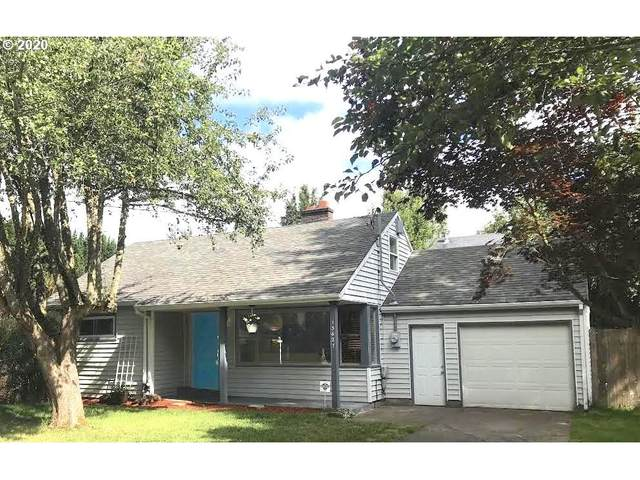 13627 SE Mitchell St, Portland, OR 97236 (MLS #20401635) :: Fox Real Estate Group