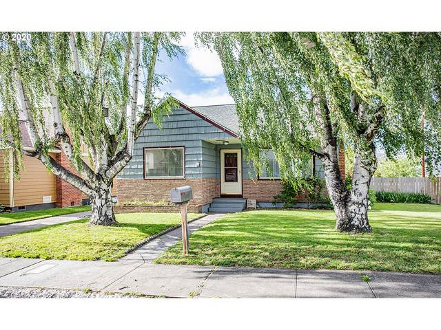 1633 E 13TH, The Dalles, OR 97058 (MLS #20403485) :: Holdhusen Real Estate Group