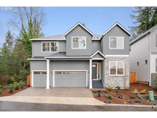 8621 SW Caiden Ter, Portland, OR 97223 (MLS #20403753) :: Next Home Realty Connection