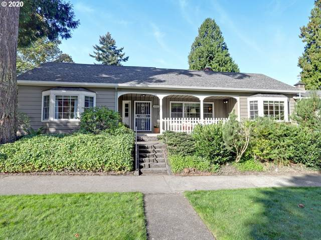 6011 NE 32ND Ave, Portland, OR 97211 (MLS #20405532) :: The Galand Haas Real Estate Team