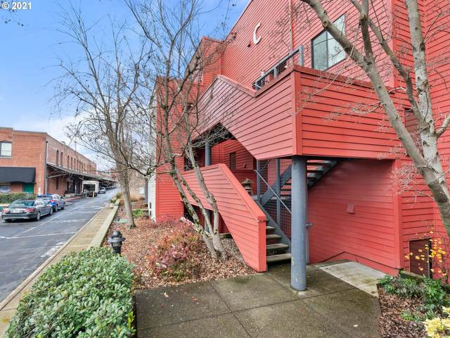 710 NW Naito Pkwy C6, Portland, OR 97209 (MLS #20406143) :: Premiere Property Group LLC