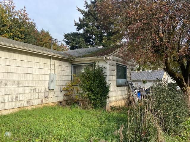 9285 NE Everett St, Portland, OR 97220 (MLS #20406493) :: Premiere Property Group LLC