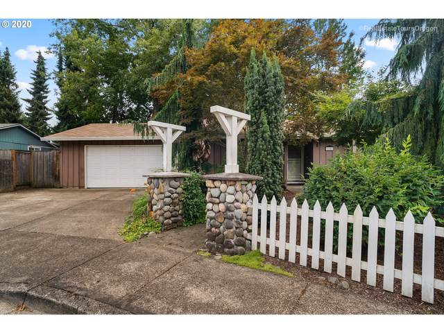 9142 SW Raritan Ct, Tualatin, OR 97062 (MLS #20409662) :: Fox Real Estate Group