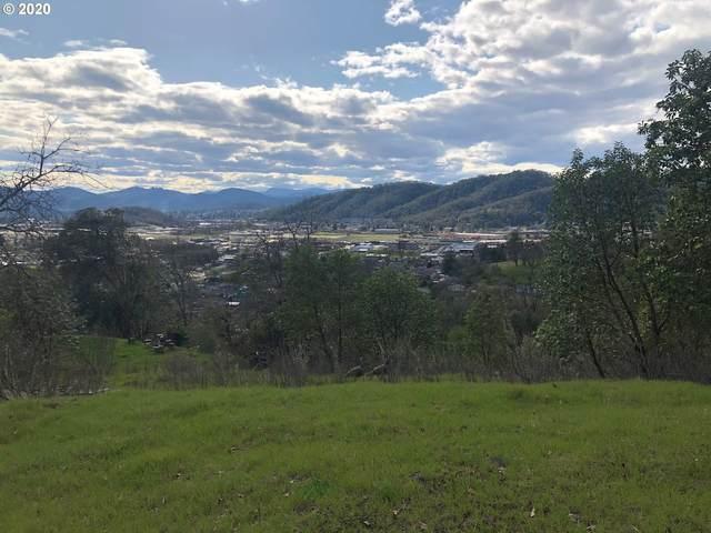 3259 Follett St, Roseburg, OR 97470 (MLS #20411912) :: Lucido Global Portland Vancouver