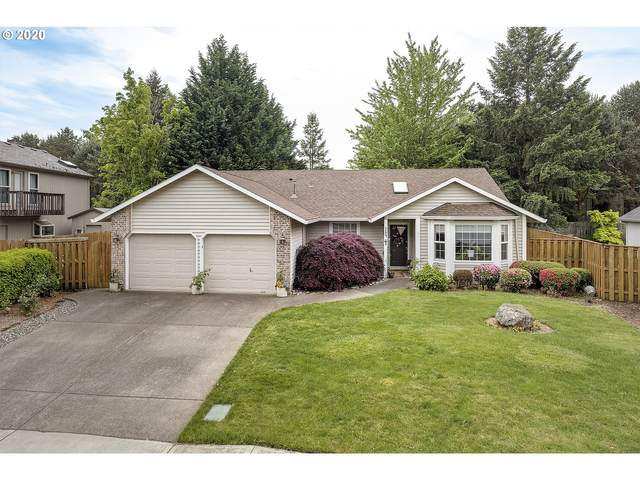 384 NE Gwen Ct, Hillsboro, OR 97124 (MLS #20413122) :: Next Home Realty Connection