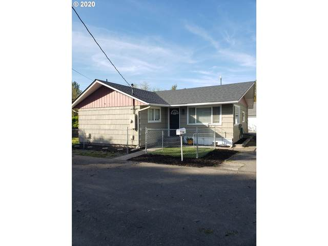 114 NW Cherry St, Castle Rock, WA 98611 (MLS #20414112) :: Change Realty
