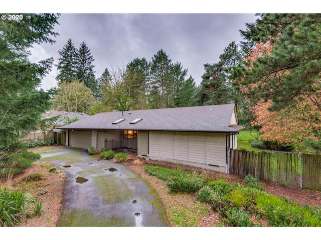 6151 Carman Dr, Lake Oswego, OR 97035 (MLS #20414178) :: Next Home Realty Connection
