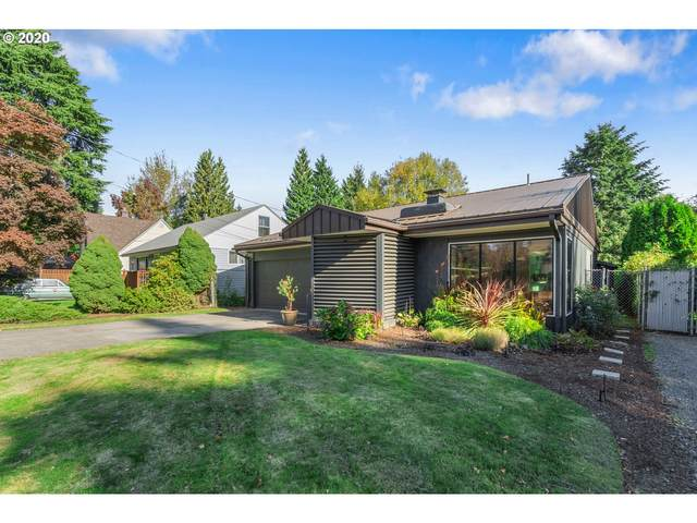 8792 SE 42ND Ave, Milwaukie, OR 97222 (MLS #20415555) :: Holdhusen Real Estate Group