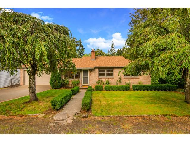 1705 Conifer Dr, Lake Oswego, OR 97034 (MLS #20417484) :: Lux Properties