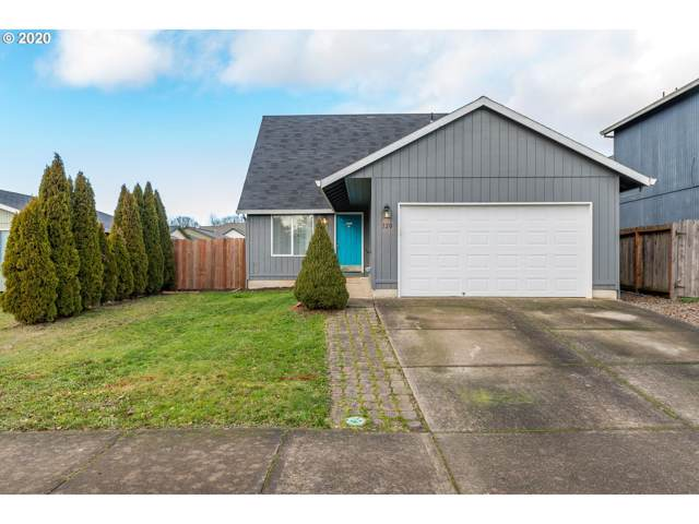 320 Cosmo St, Lafayette, OR 97127 (MLS #20420199) :: Song Real Estate