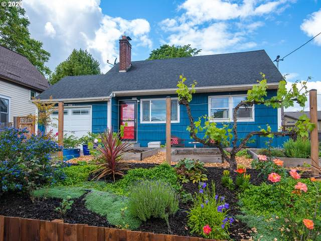 9101 N Charleston Ave, Portland, OR 97203 (MLS #20420343) :: The Liu Group