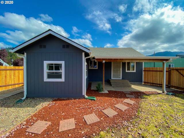 12 N Cannon St, Lowell, OR 97452 (MLS #20422731) :: Duncan Real Estate Group