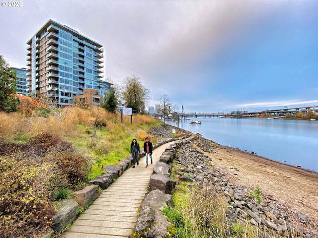 1920 SW River Dr E606, Portland, OR 97201 (MLS #20424450) :: The Liu Group