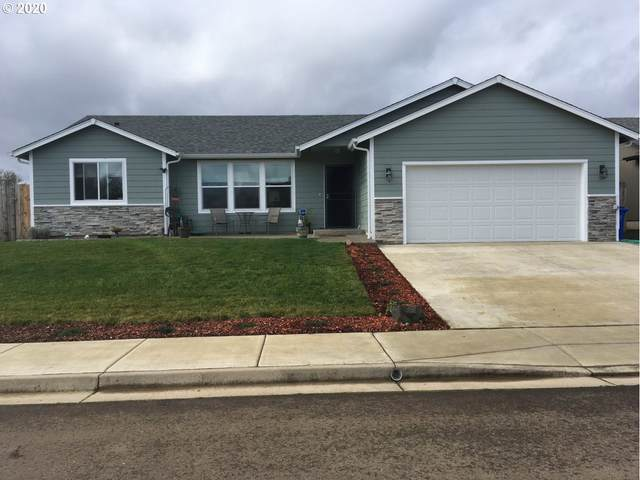 111 Streamside Ln, Winston, OR 97496 (MLS #20425351) :: Townsend Jarvis Group Real Estate