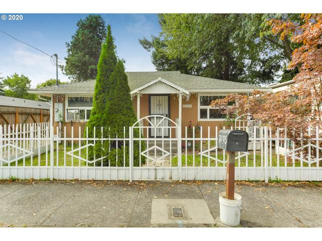 2105 SE 162ND Ave, Portland, OR 97233 (MLS #20425609) :: Next Home Realty Connection
