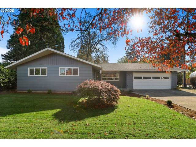 935 NE 10TH Ave, Canby, OR 97013 (MLS #20426276) :: Fox Real Estate Group