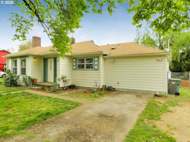 4048 SE 113TH Ave, Portland, OR 97266 (MLS #20430478) :: Song Real Estate