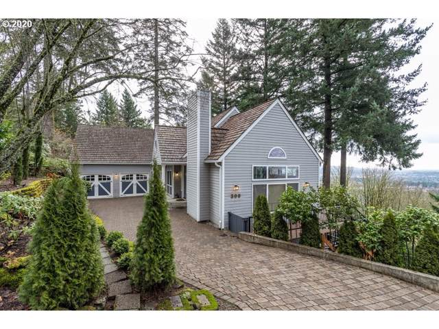 300 SW Moonridge Pl, Portland, OR 97225 (MLS #20430513) :: Next Home Realty Connection
