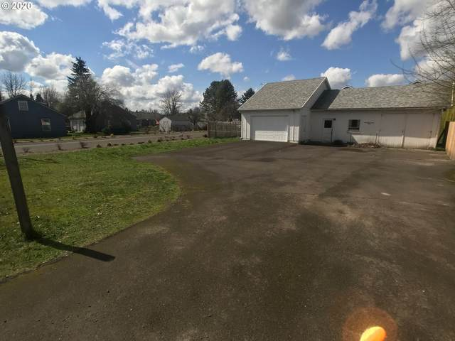 1453 NE 17th Ave, Hillsboro, OR 97124 (MLS #20431562) :: Next Home Realty Connection