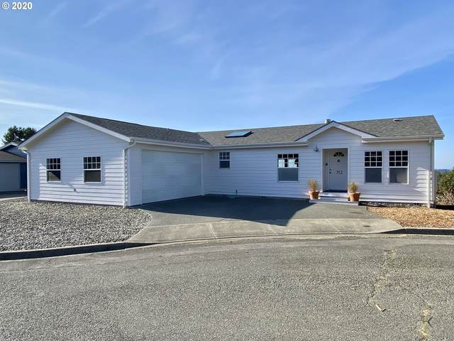 712 Denise Pl, Coos Bay, OR 97420 (MLS #20433774) :: Beach Loop Realty