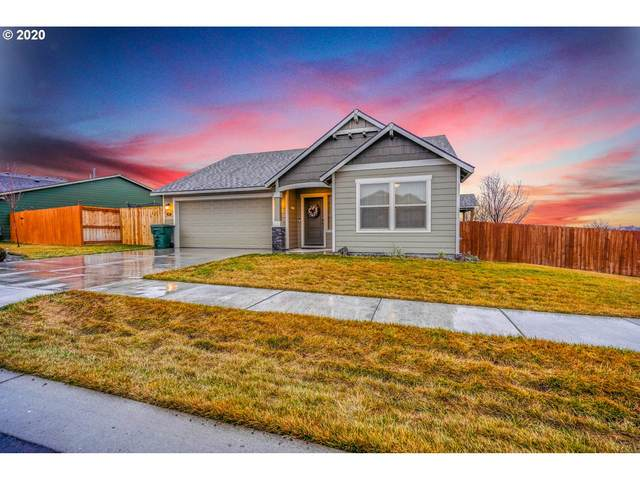 2318 NW Eucalyptus Dr, Hermiston, OR 97838 (MLS #20433776) :: Townsend Jarvis Group Real Estate