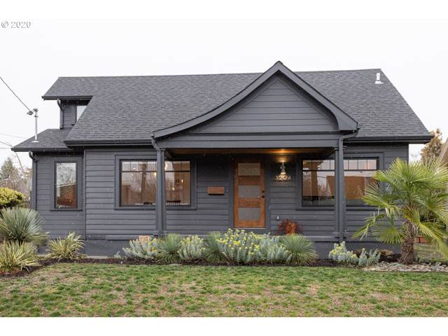 3204 NE Cesar E Chavez Blvd, Portland, OR 97212 (MLS #20434362) :: Fox Real Estate Group