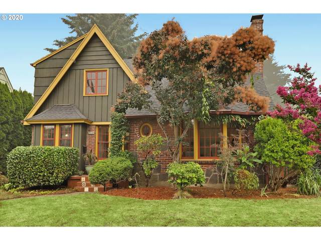 2554 NE 32ND Pl, Portland, OR 97212 (MLS #20434628) :: Coho Realty