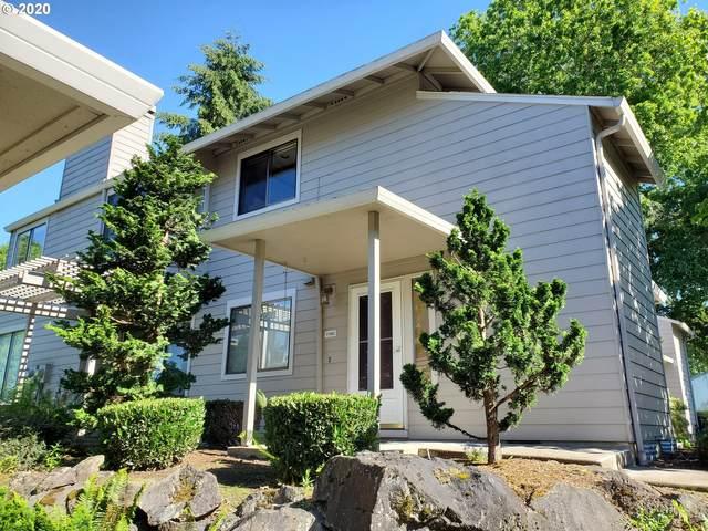 31882 SW Fairway Village Loop, Wilsonville, OR 97070 (MLS #20436839) :: McKillion Real Estate Group