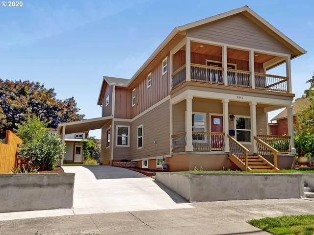 9541 N Willamette Blvd, Portland, OR 97203 (MLS #20437780) :: Holdhusen Real Estate Group
