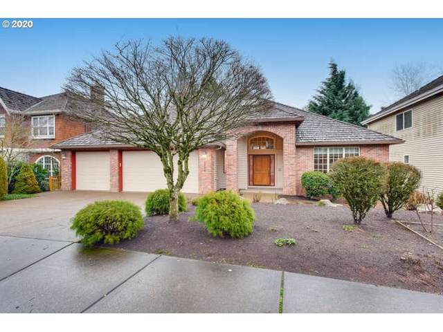 2722 Beacon Hill Dr, West Linn, OR 97068 (MLS #20440478) :: Next Home Realty Connection