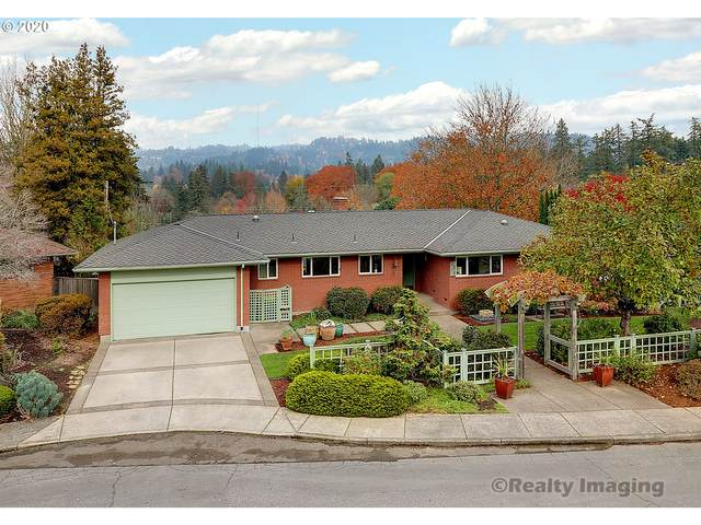 5315 SW Dover Ln, Portland, OR 97225 (MLS #20440619) :: The Galand Haas Real Estate Team