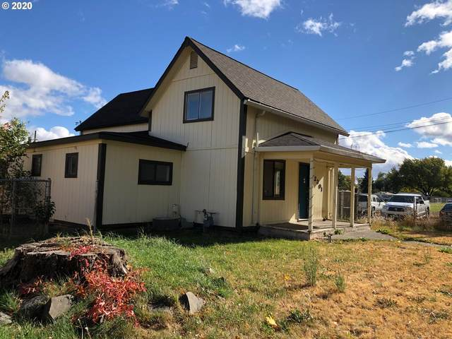 2301 Spruce St, La Grande, OR 97850 (MLS #20443849) :: Premiere Property Group LLC
