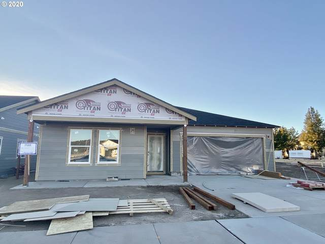 1017 NE Whistle Way, Prineville, OR 97754 (MLS #20448216) :: Duncan Real Estate Group