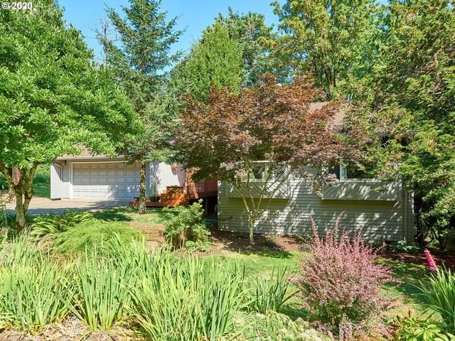 12 Walking Woods Dr, Lake Oswego, OR 97035 (MLS #20449484) :: Holdhusen Real Estate Group