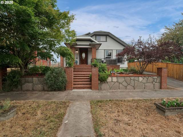 5403 NE 11TH Ave, Portland, OR 97211 (MLS #20459057) :: The Galand Haas Real Estate Team