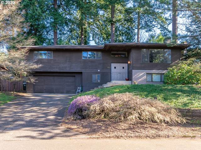 9479 SE Carnaby Way, Happy Valley, OR 97086 (MLS #20459162) :: Brantley Christianson Real Estate