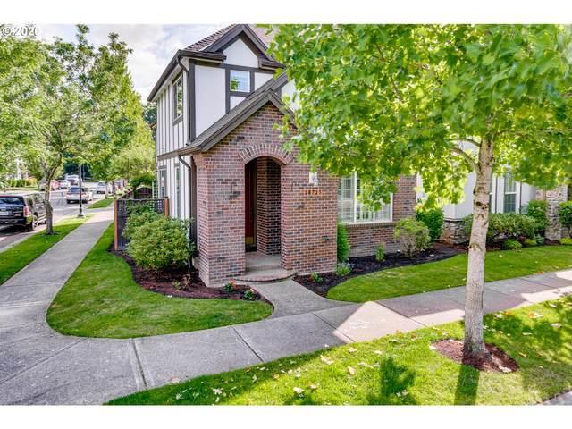 28725 SW Costa Cir E, Wilsonville, OR 97070 (MLS #20469209) :: McKillion Real Estate Group